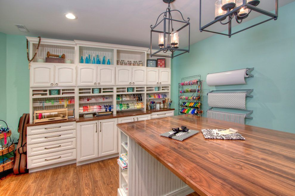 art and craft room ideas home office traditional with on brilliant kitchen cabinet organization and tips ideas more space discover things quicker id=13558