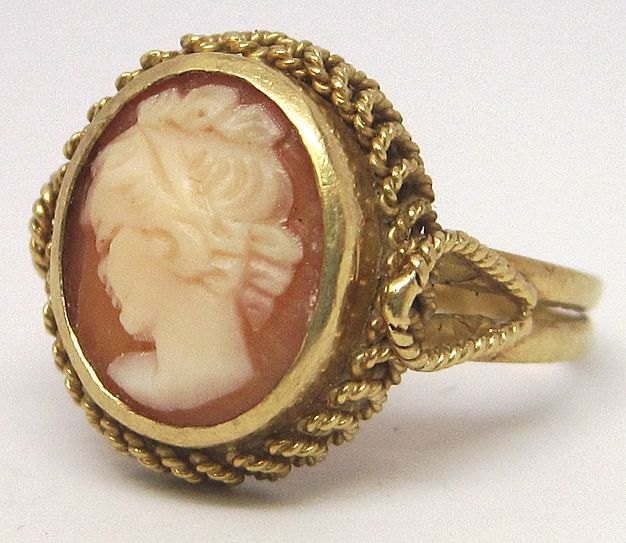 Vintage 18K Gold Shell Cameo Ring For Sale On Ruby Lane