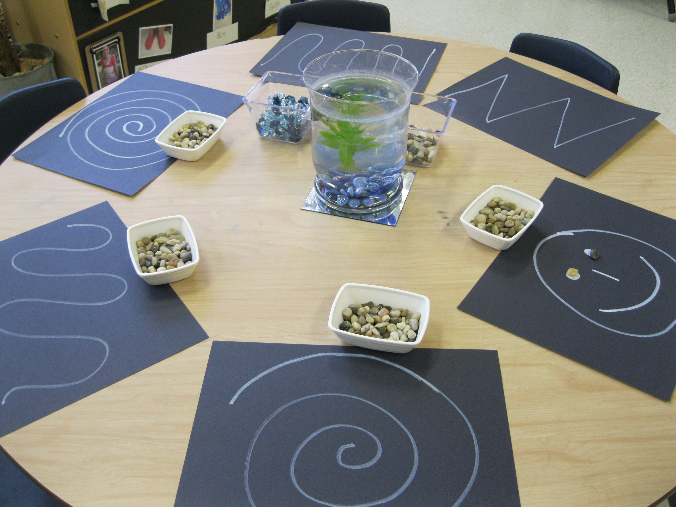 Great For Fine Motor Control Trace The Shapes With Beans Or Small Manipulatives To Make Designs