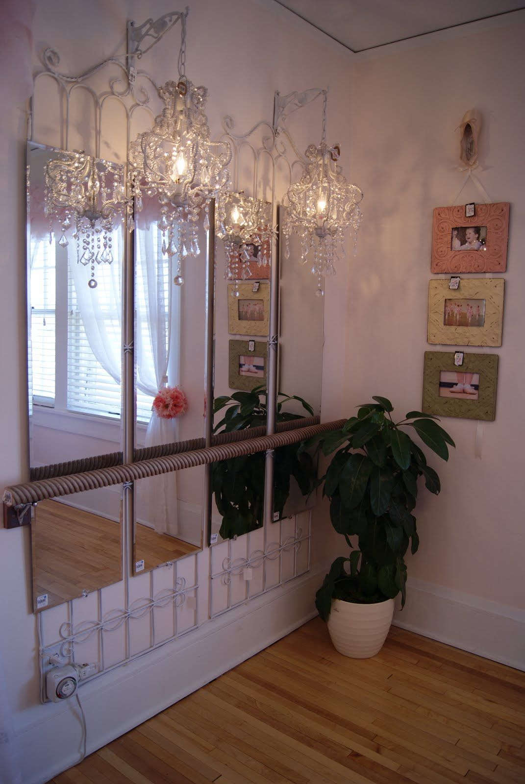 This Lovely Ballerina Room Was Created Using A Decorative
