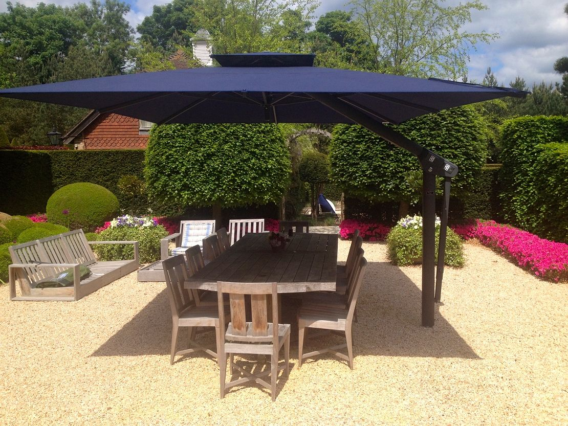 Piazza Large Variable Height Side Arm Cantilever Garden