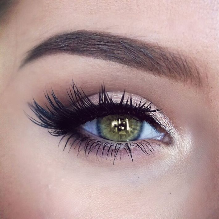 natural eye makeup, green eyes, lashes, katilyn boyer | wedding