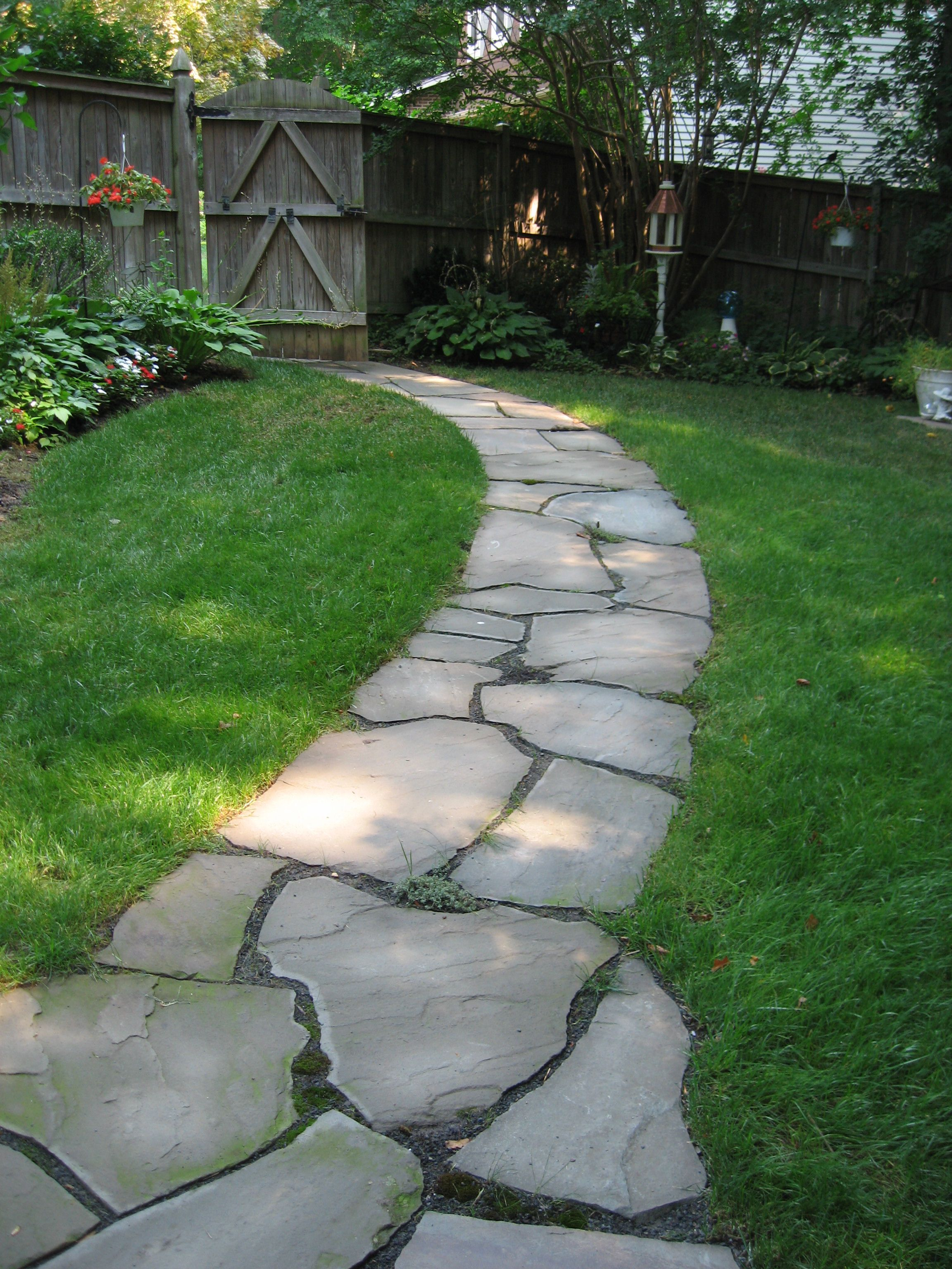 Irregular flagstone pathway, side yard, shade | Walkways ... on Side Yard Walkway Ideas  id=48251