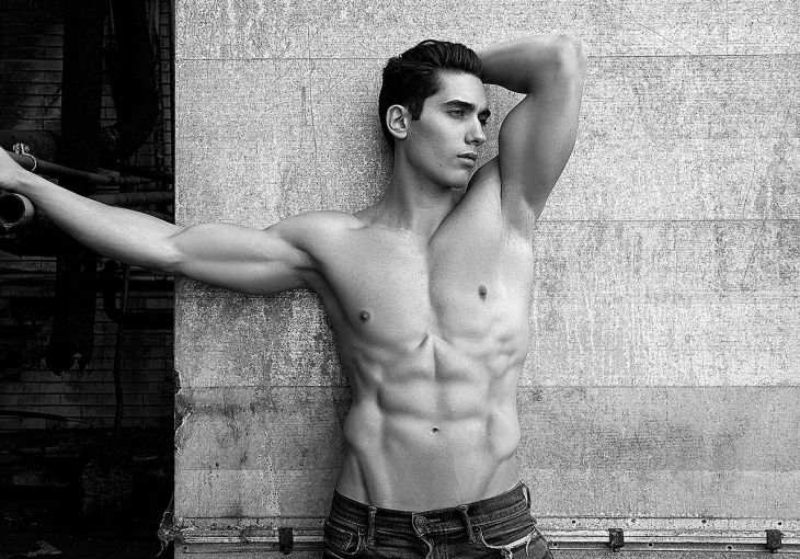 Exclusive  Victor by Daniel Rodrigues  Homotography  menus style