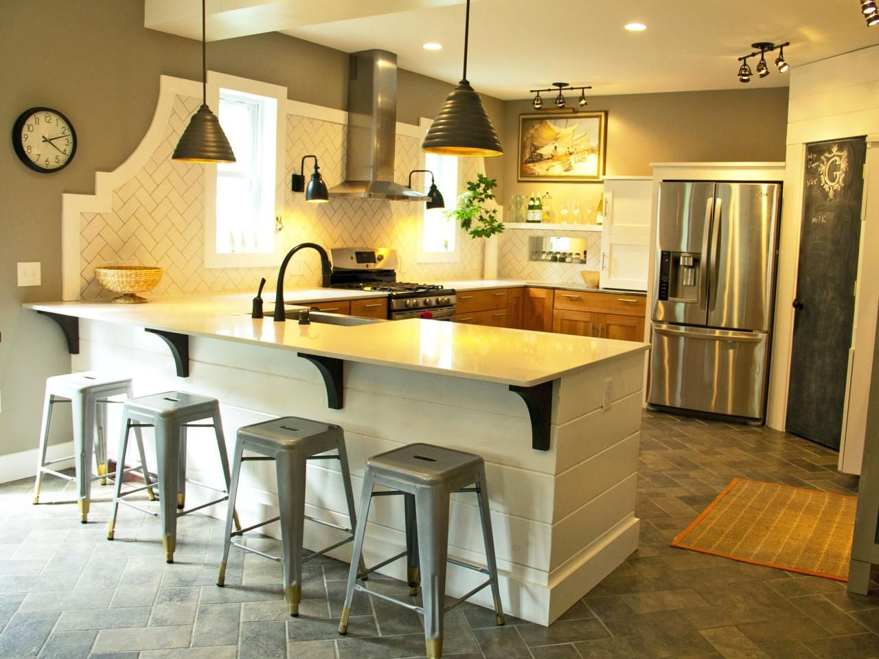 15 Design Ideas For Kitchens Without Upper Cabinets