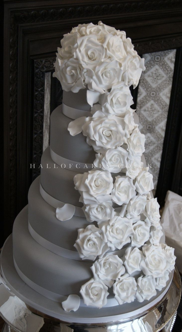 Wedding Cake gallery including Victorian and Vintage Cakes Hall