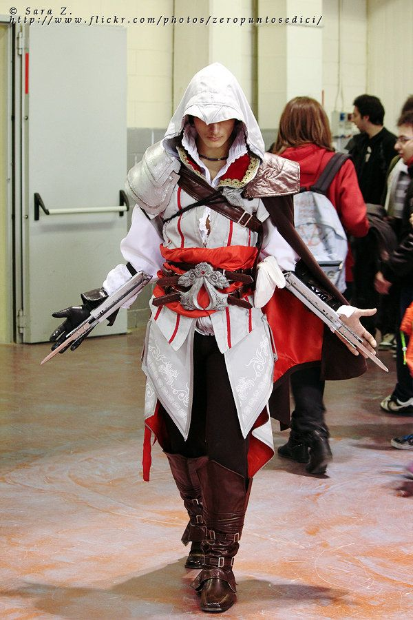 Ezio Auditore | Cosplay | Pinterest | Awesome cosplay ...