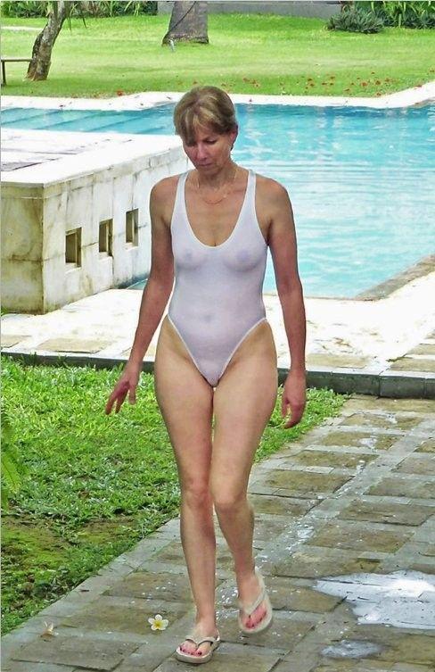 ukrainian brides bikini #10