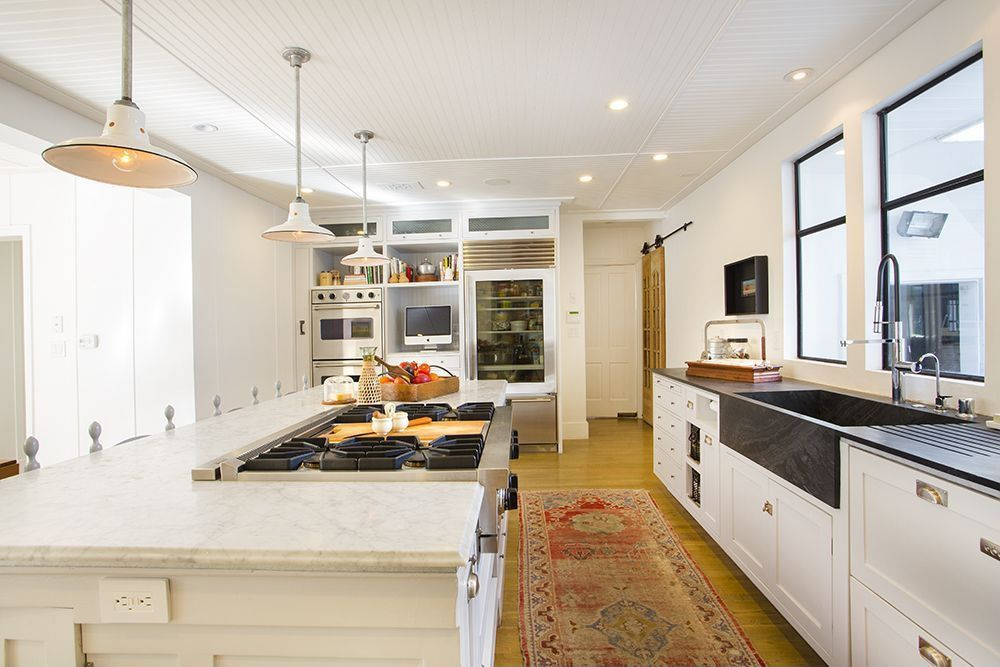 Modern Kitchen With Allen Roth Sugarbrush Quartz Countertop
