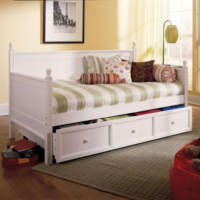 Painting Of The Pictures Comfy And Lovely Daybeds That Invite You To Enjoy A Snug