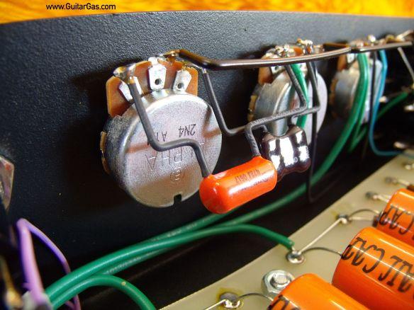 Ceriatone 5E3 Tweed Deluxe Alpha Pots Close Up