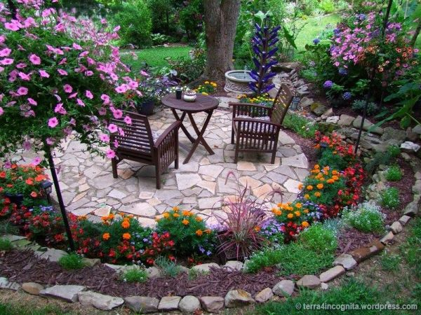 circular flower garden designs Best 25+ Circular patio ideas on Pinterest | Small garden
