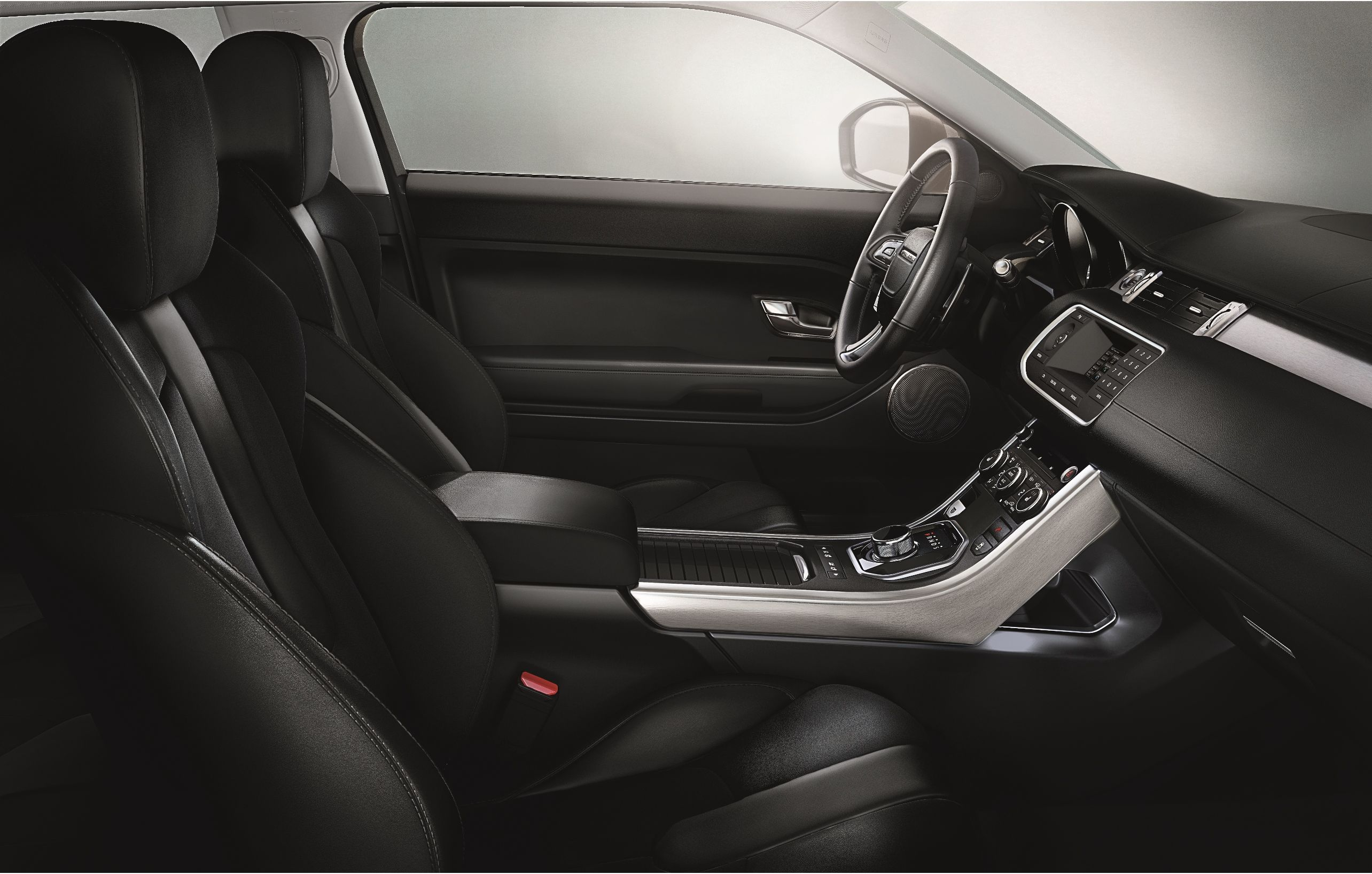 Pure ebony cockpit in the RangeRoverEvoque Build your own here