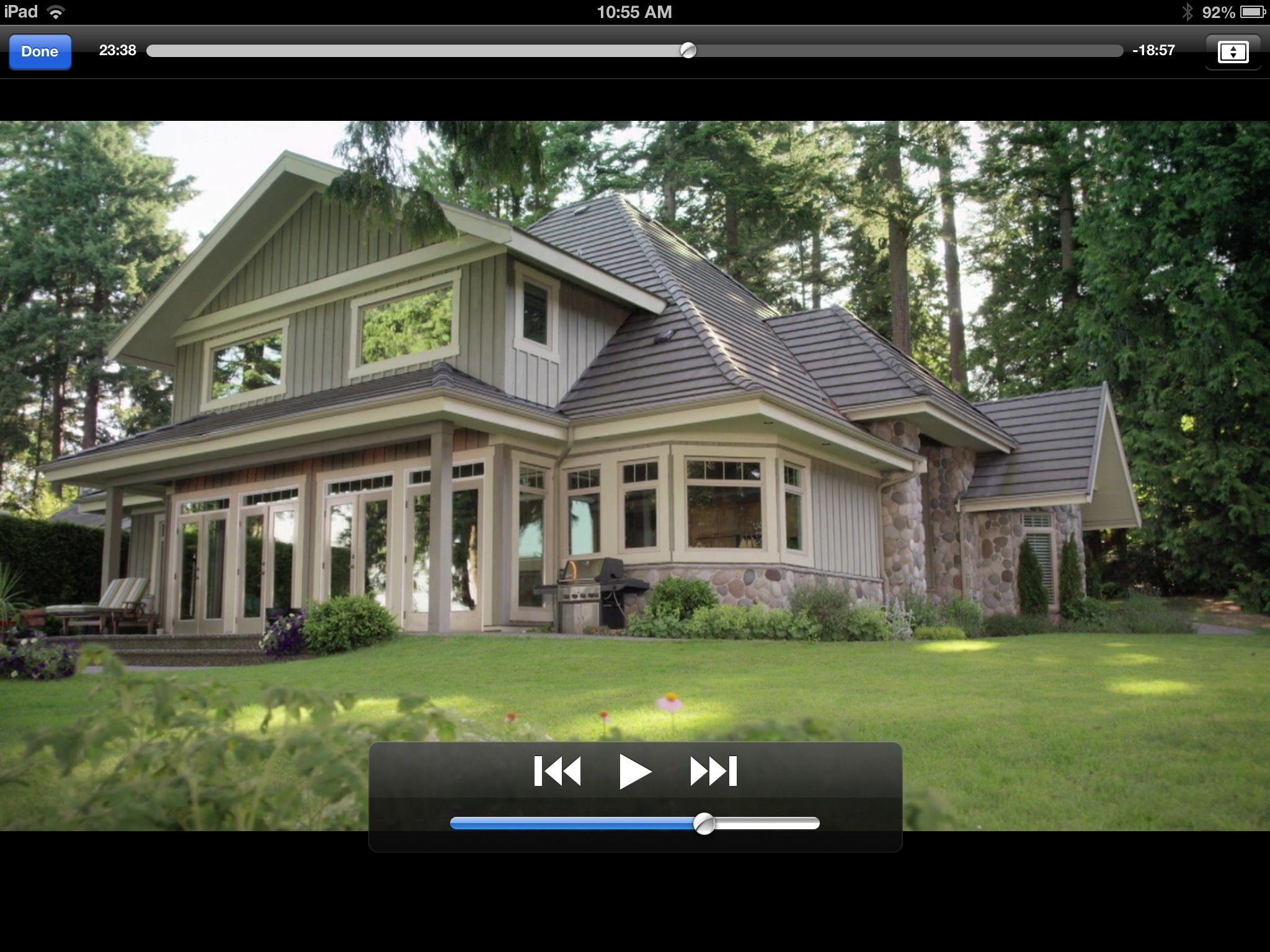 I love this house from the Hallmark series Cedar Cove Just love