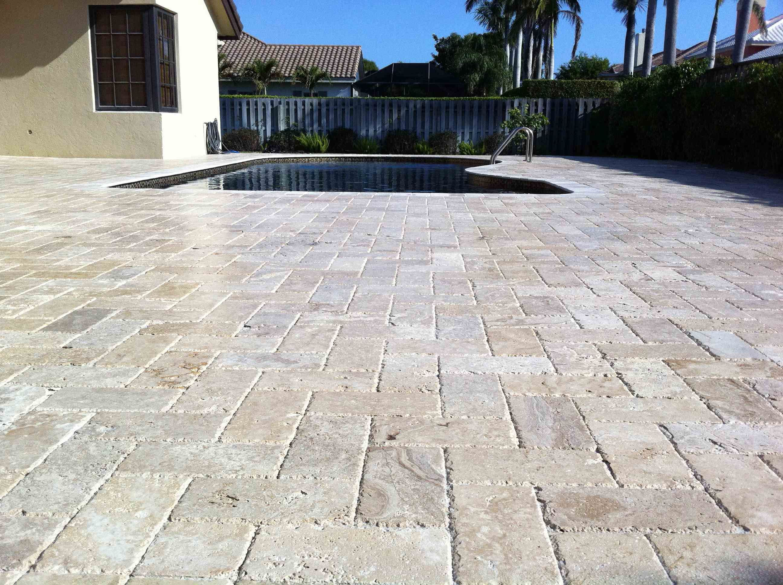 travertine pavers design ideas for patios | Pinterest is a ... on Travertine Patio Ideas id=41450