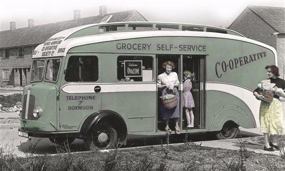 Vintage mobile co-op self service shopping unit