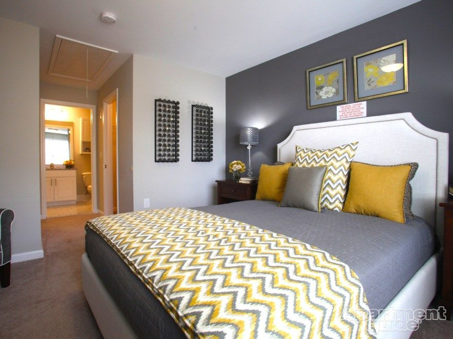 We Love This Yellow & Gray Palette In This #bedroom