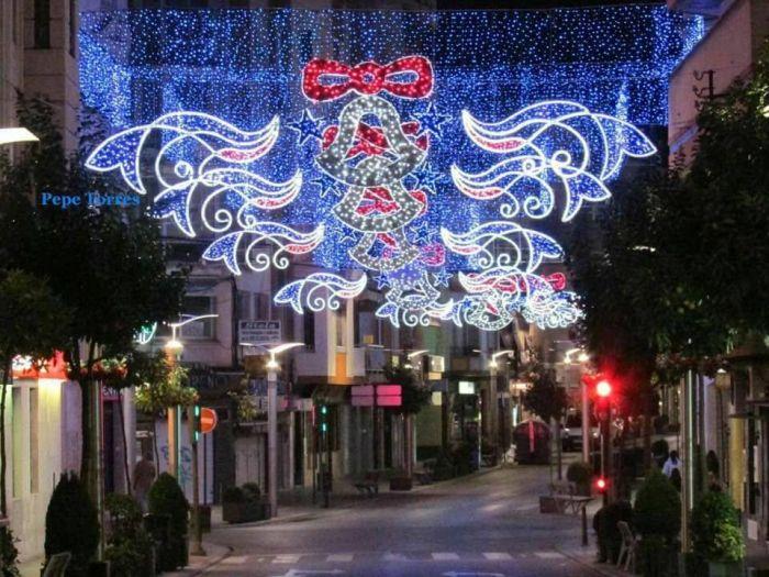 iluminación navideña en corredera de san marcos de Linares
