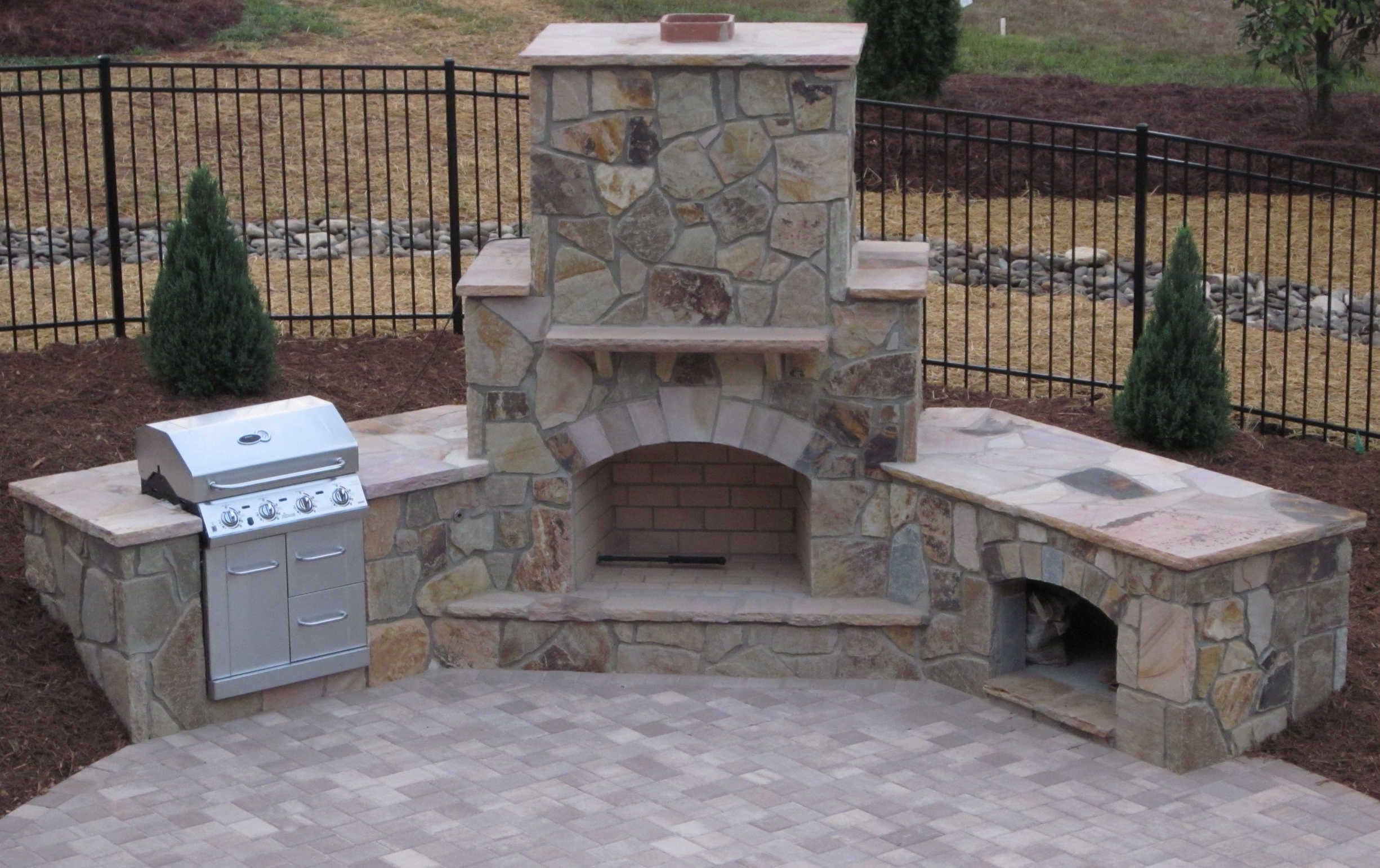 Stone Patio With Fireplace Stone Outdoor Fireplace Grill