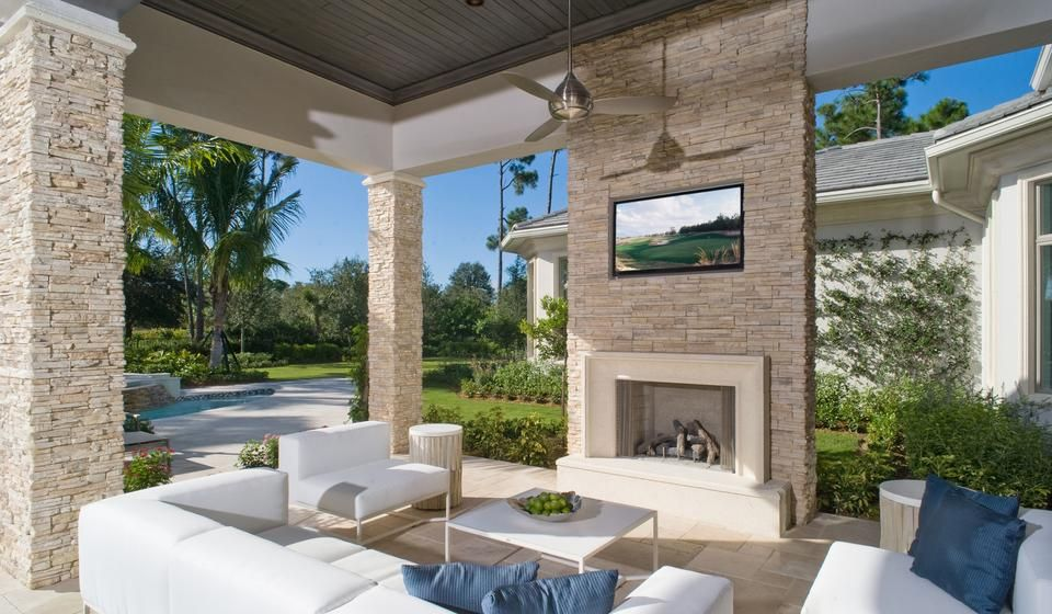 Lounge Area Outdoor Living Space Palmtrees Stucco And