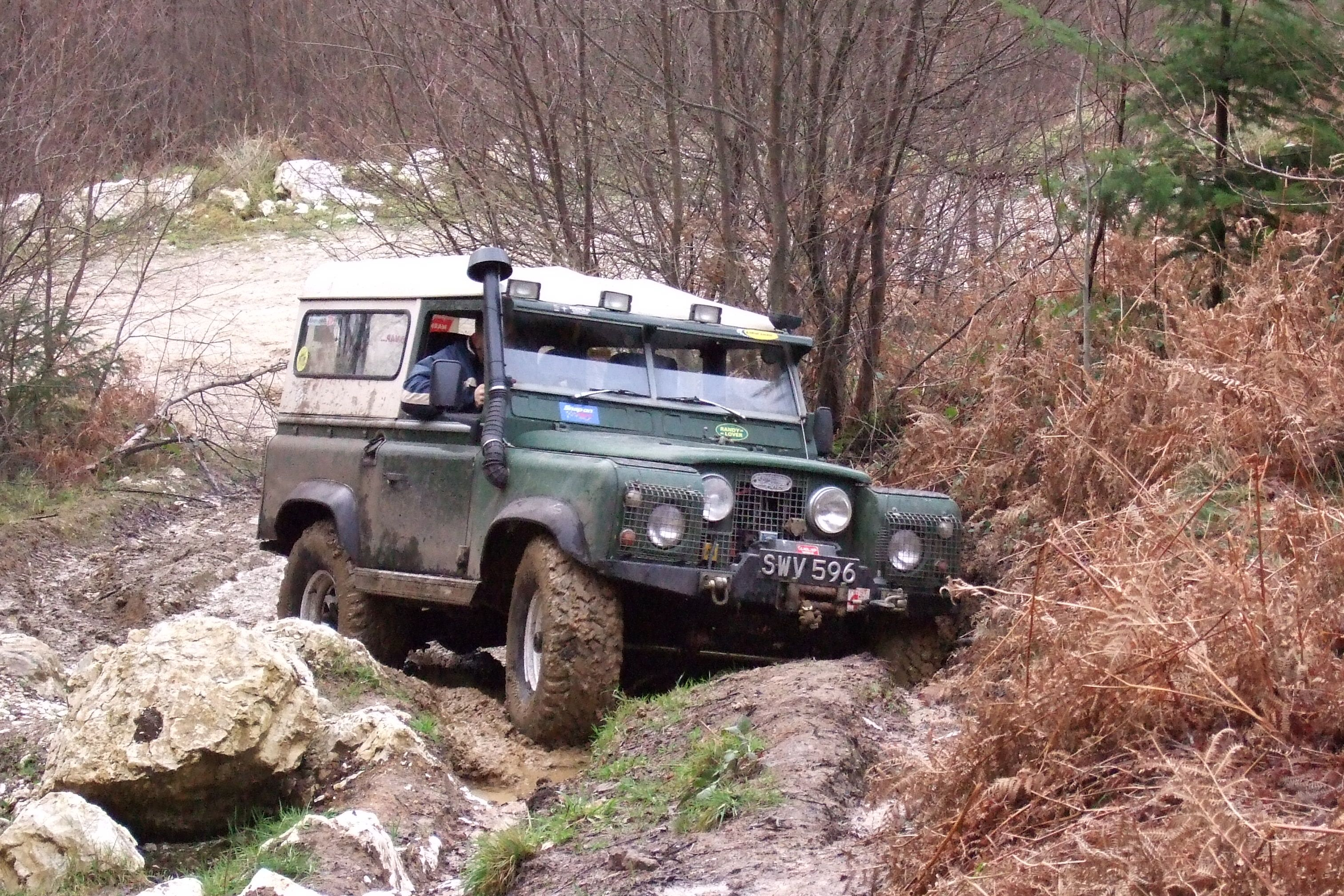 Post a pic of your Series Lan Page 6 Series Forum LR4x4