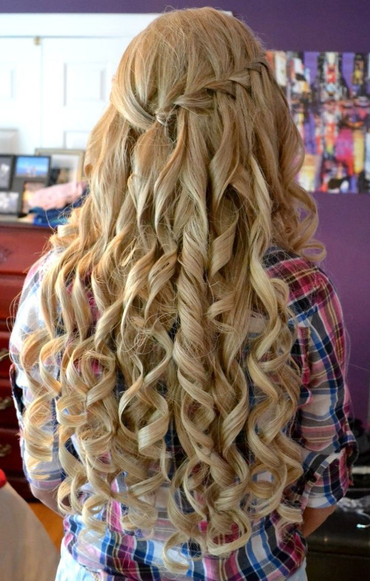 Homecoming is a time to celebrate and demands a hairstyle worthy for