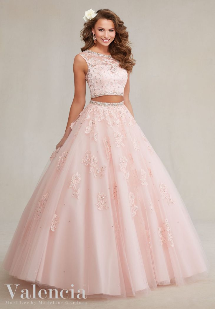 efbfc1ea039 Love the unique style Ballkleid Pinterest Unique Prom and Gowns