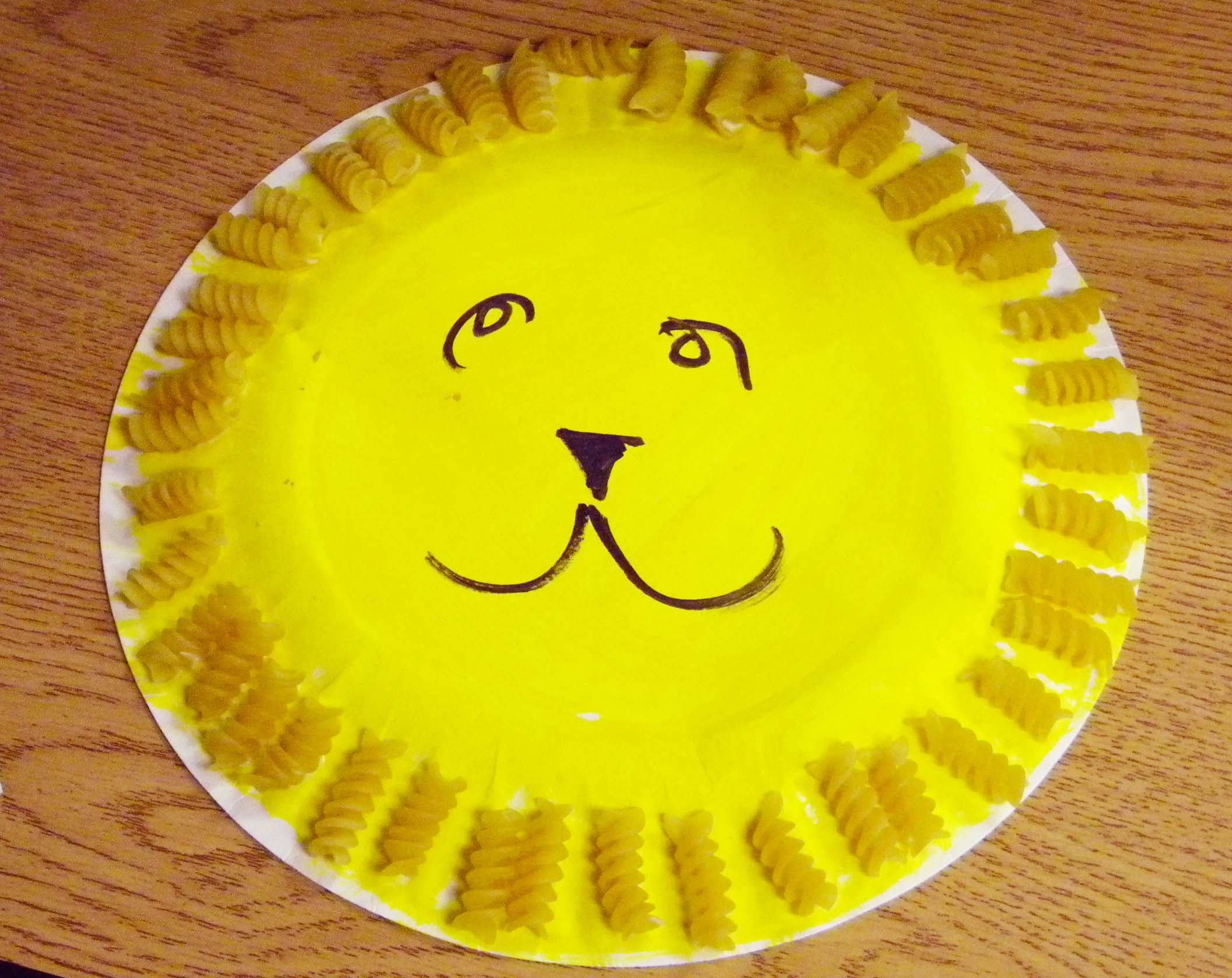 Easy And Fun Art Projects For Preschoolers Macaroni Lion