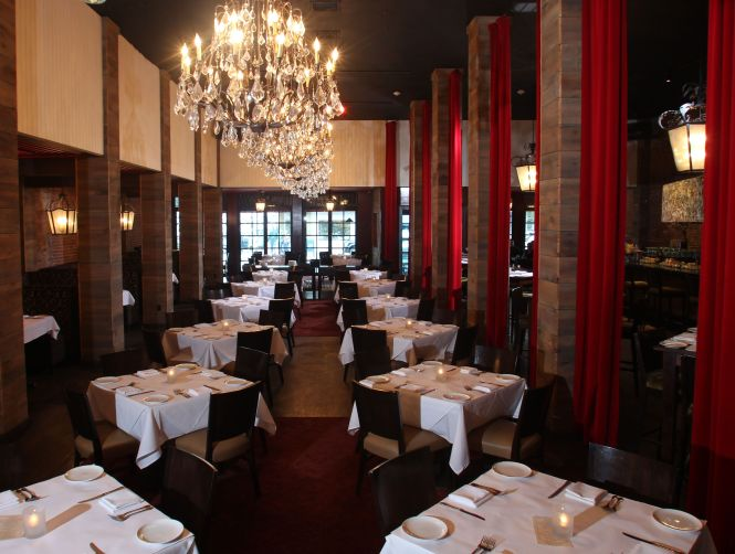 Rich Fabrics Crystal Chandeliers And Artwork By Megan Sirianni At Honu Kitchen Tails Chandelierslong Islandtaiining Rooms Nyc