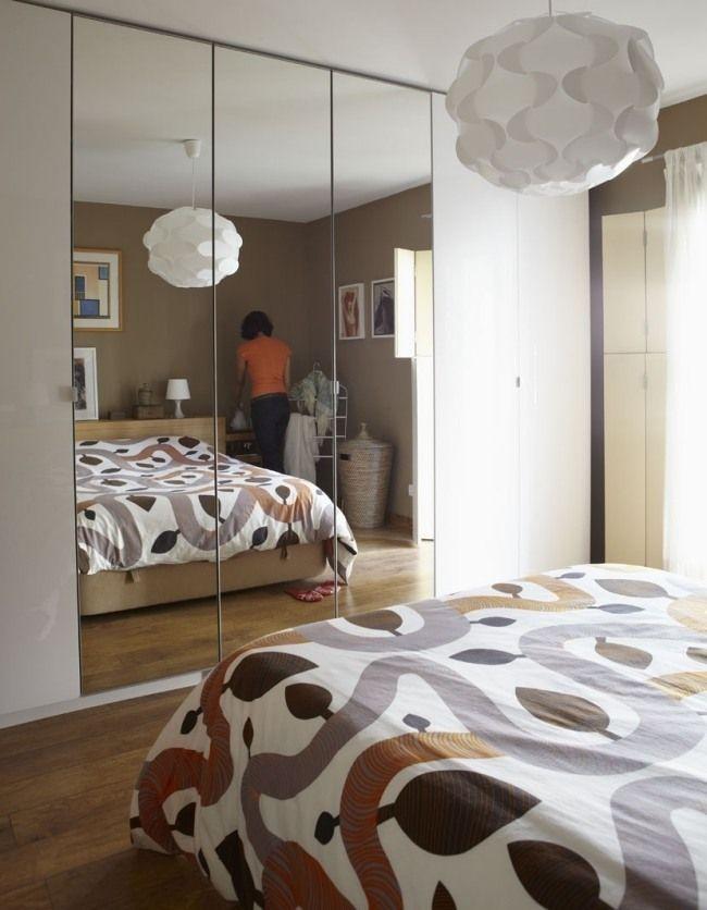 Beautiful Petite Chambre Coucher Amnage Avec Une Armoire