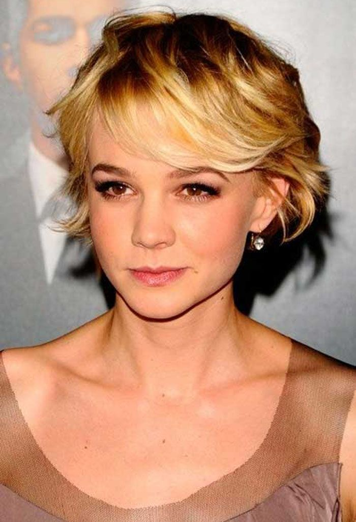 Short Hairstyles For Oval Faces Wavy Hair