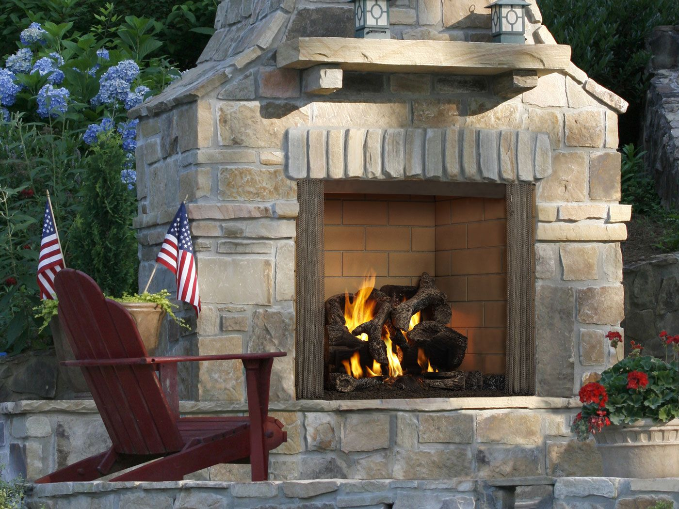 Outdoor Lifestyles Castlewood Wood Fireplace Heatnglo