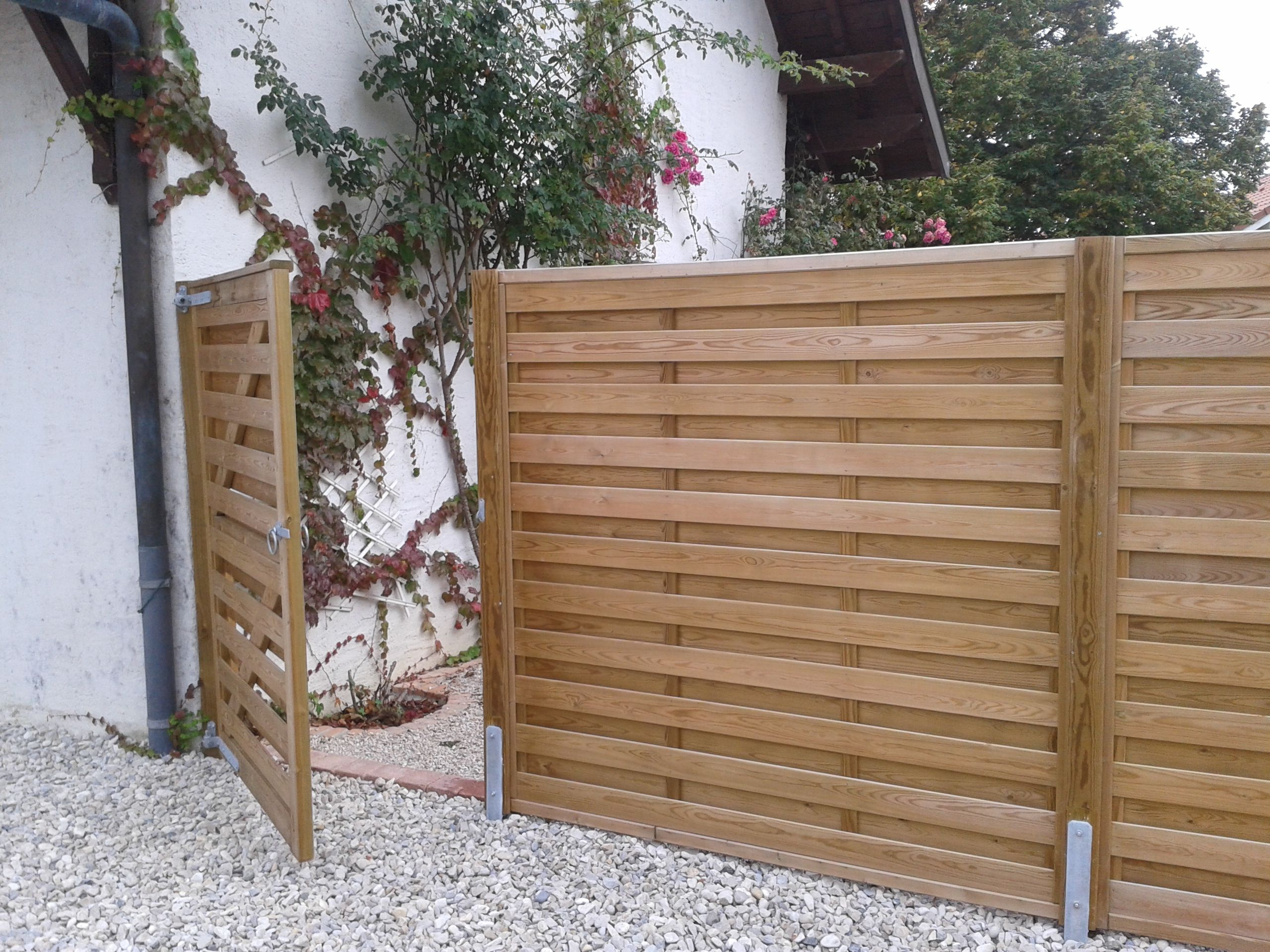 Jacksons Horizontal Hit And Miss Fence Panels With