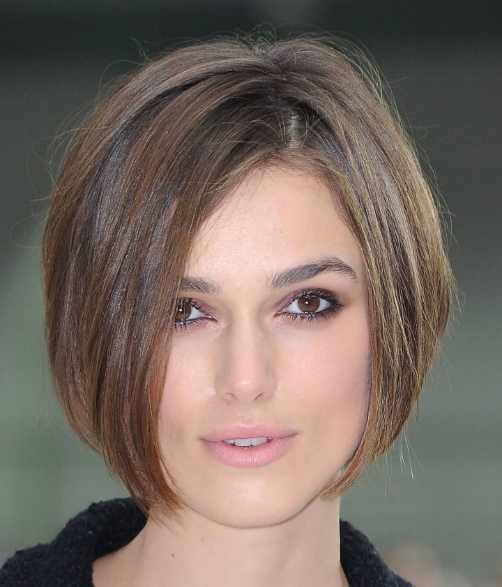Sophisticated Short Hairstyles for Women with Different Types of