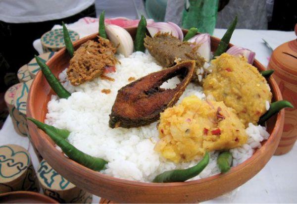 Resultado de imagem para bengali food