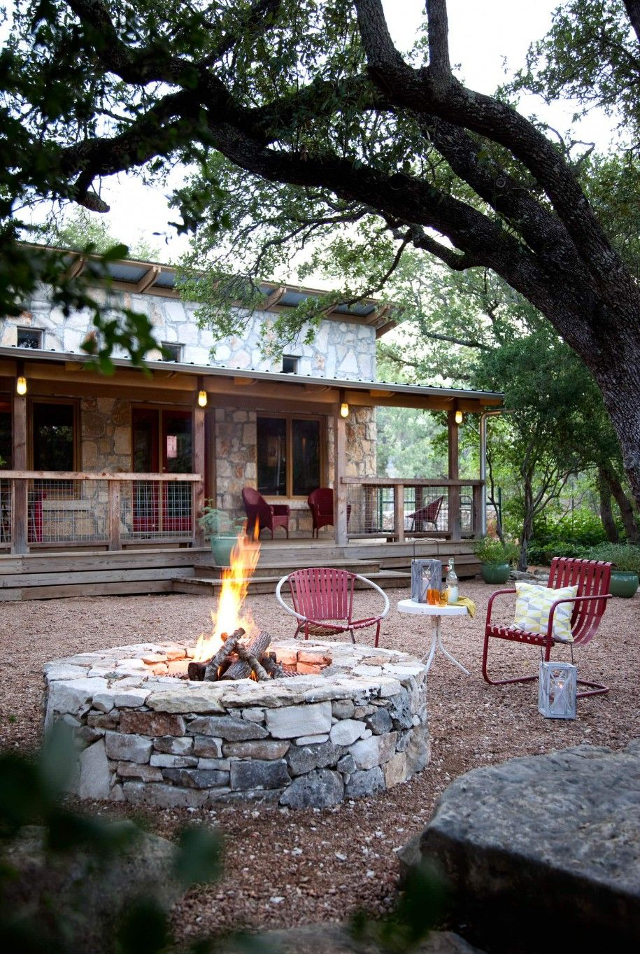 Excellent Backyard Design with Fire Pit Ideas: Captivating ... on Farmhouse Outdoor Living Space id=61098