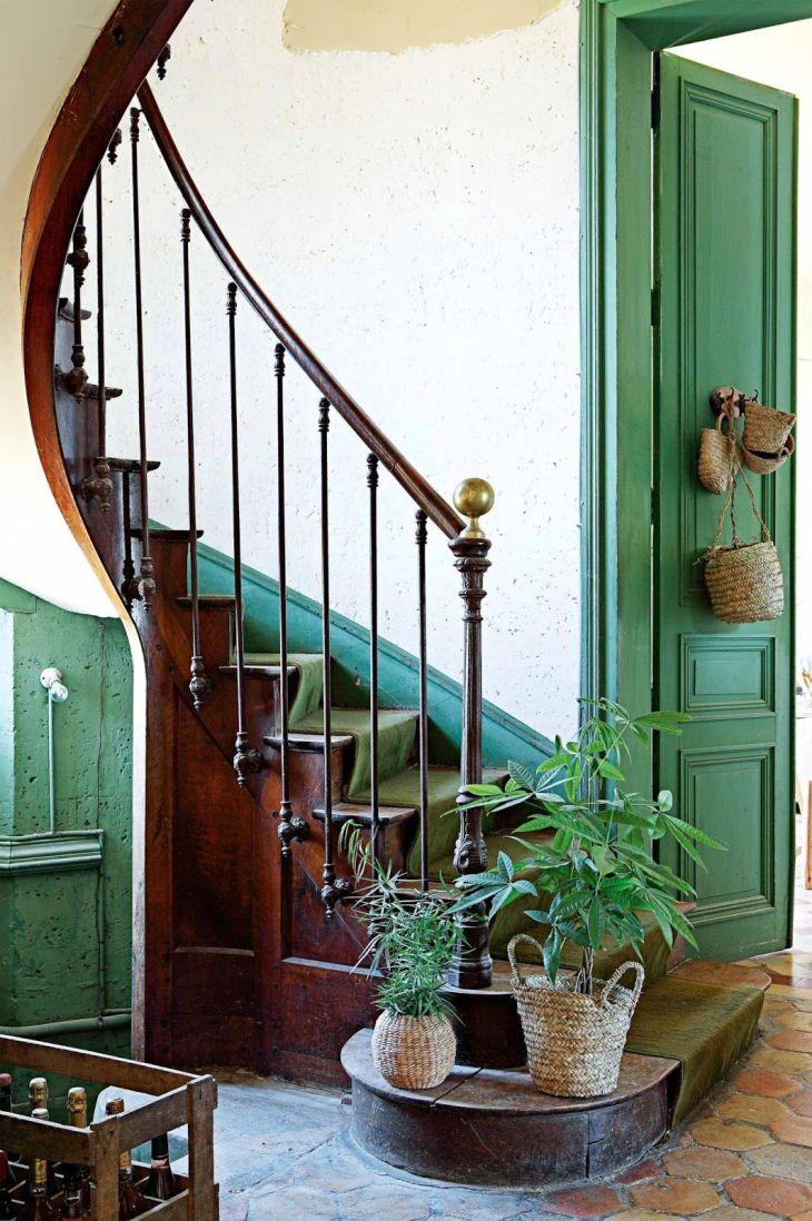 HOME u GARDEN Ambiance bohème dans un château rénové en France