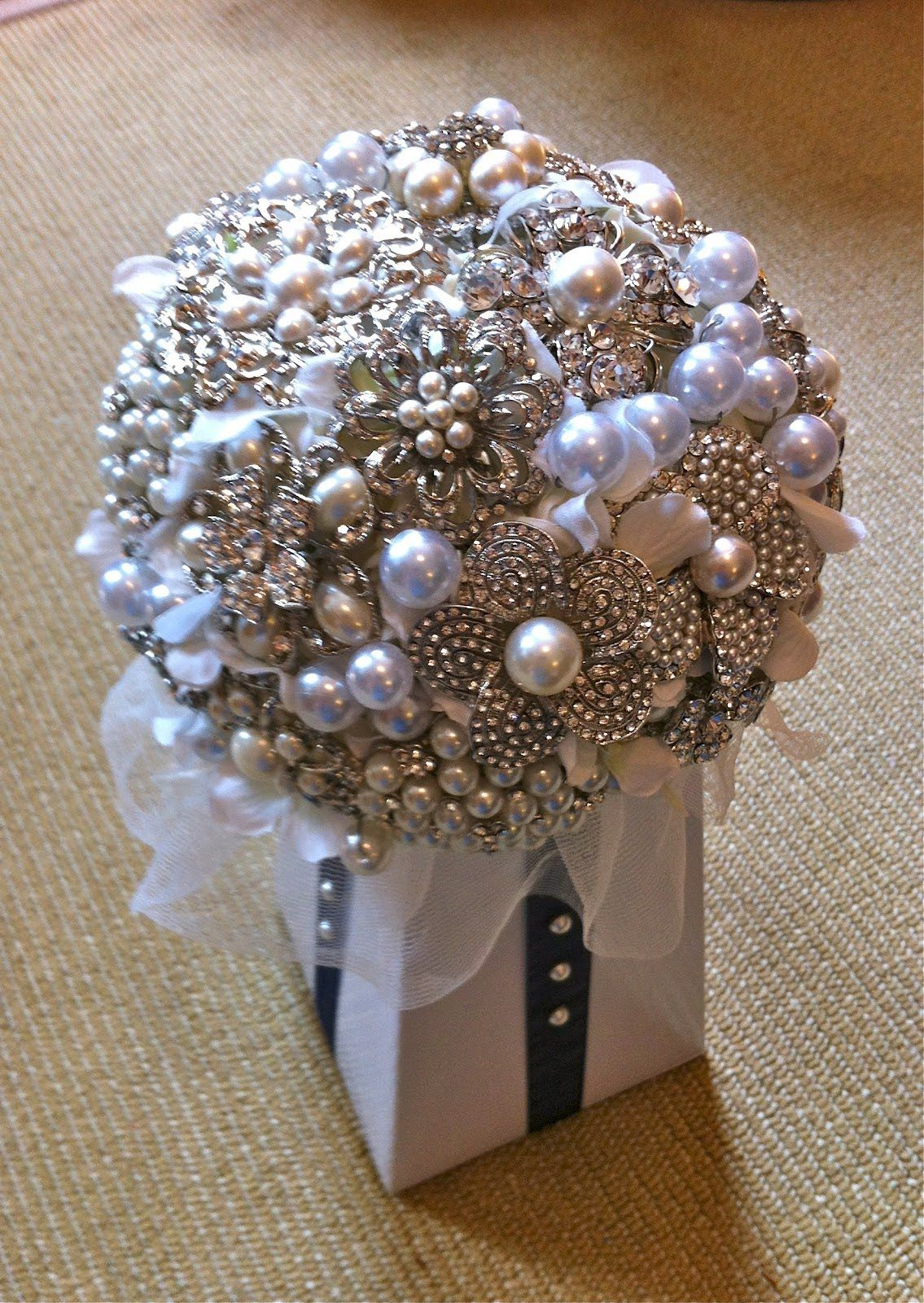 Brooch Bouquets On Pinterest Bridal Bouquets Wedding
