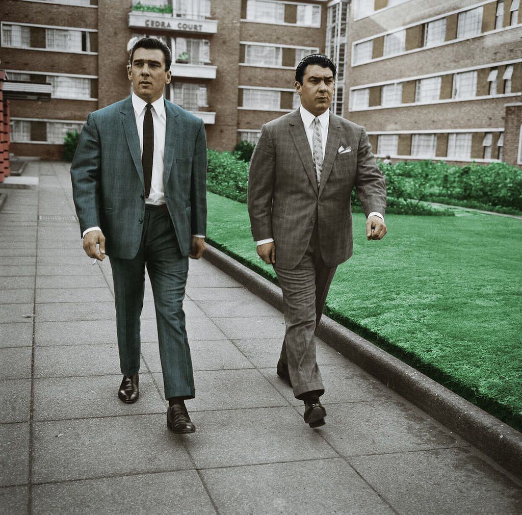 Krays at cedra court gangsters mobsters and mafia gangster