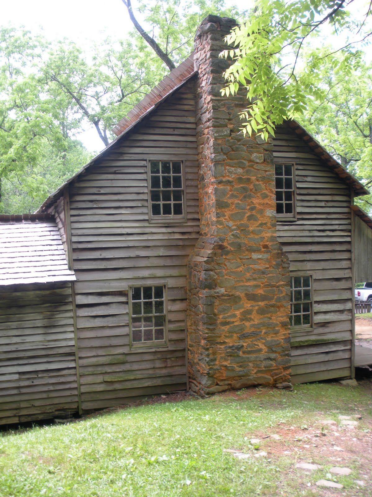 Old Homestead Old Farmhouses And Barns Pinterest
