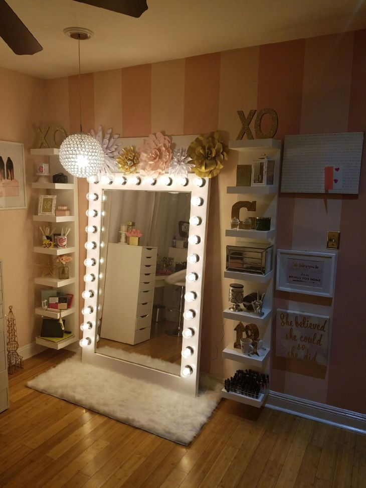 Makeup storage with diy style Hollywood glam light MakeUp