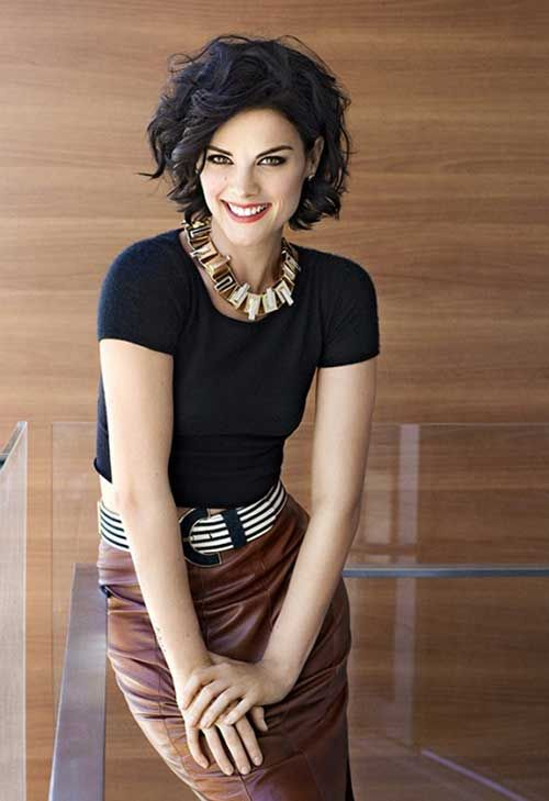 Short Hairstyles For Curly Hair And Oval Face