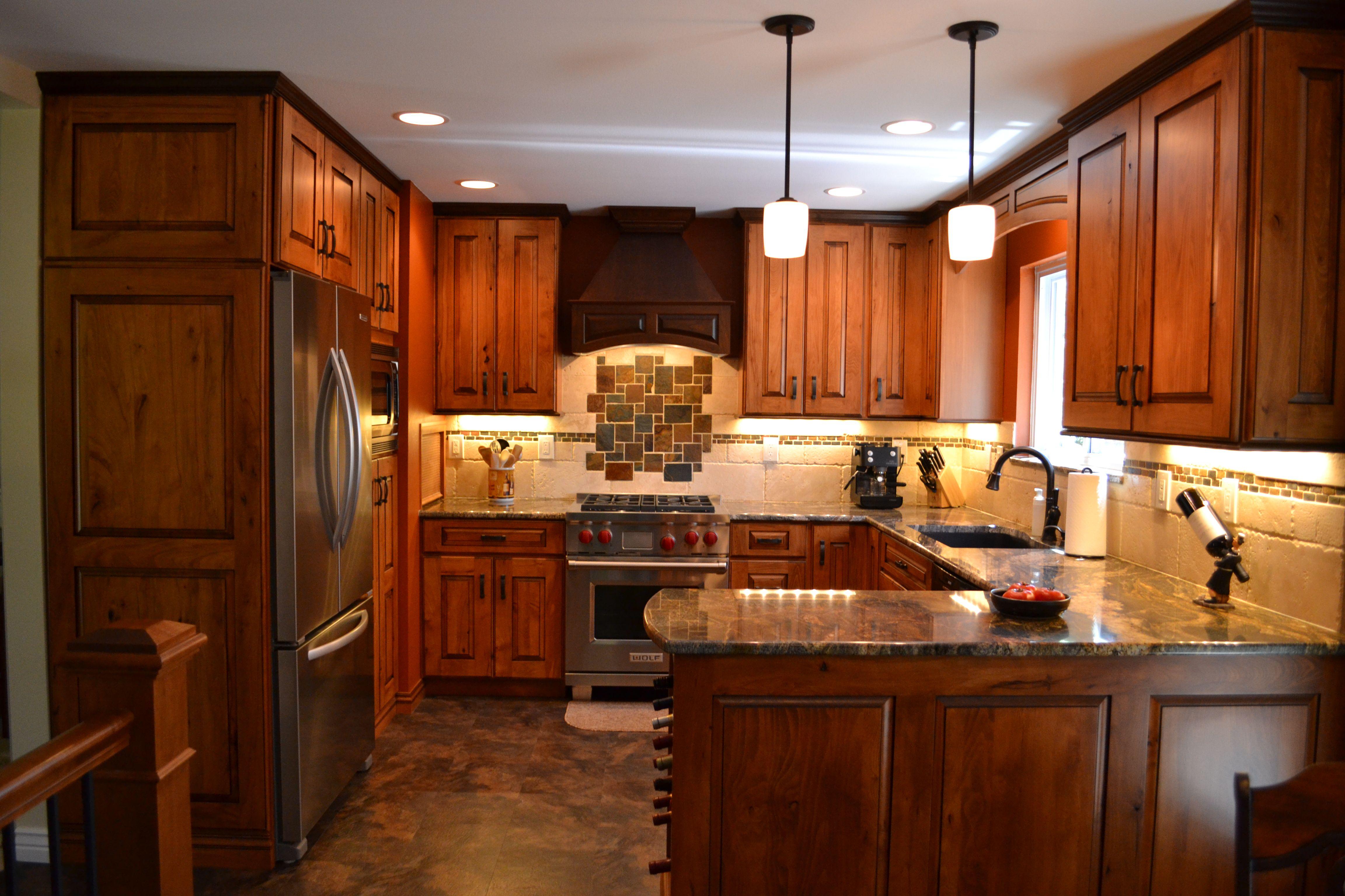 small u shaped kitchen kitchens pinterest stove cabinets and window on kitchen ideas u shaped id=70852