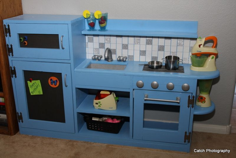 Build A One Piece Play Kitchen