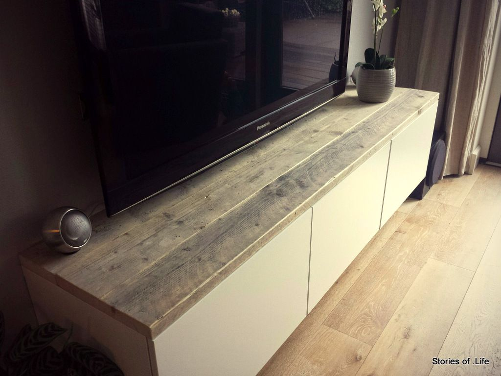 BESTA TV Bank Mit Rustikaler Holzplatte IKEA Hacks