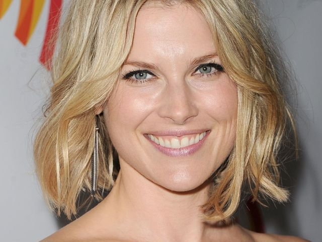 hairstyles for heart shaped faces | heart shape face, bobs and