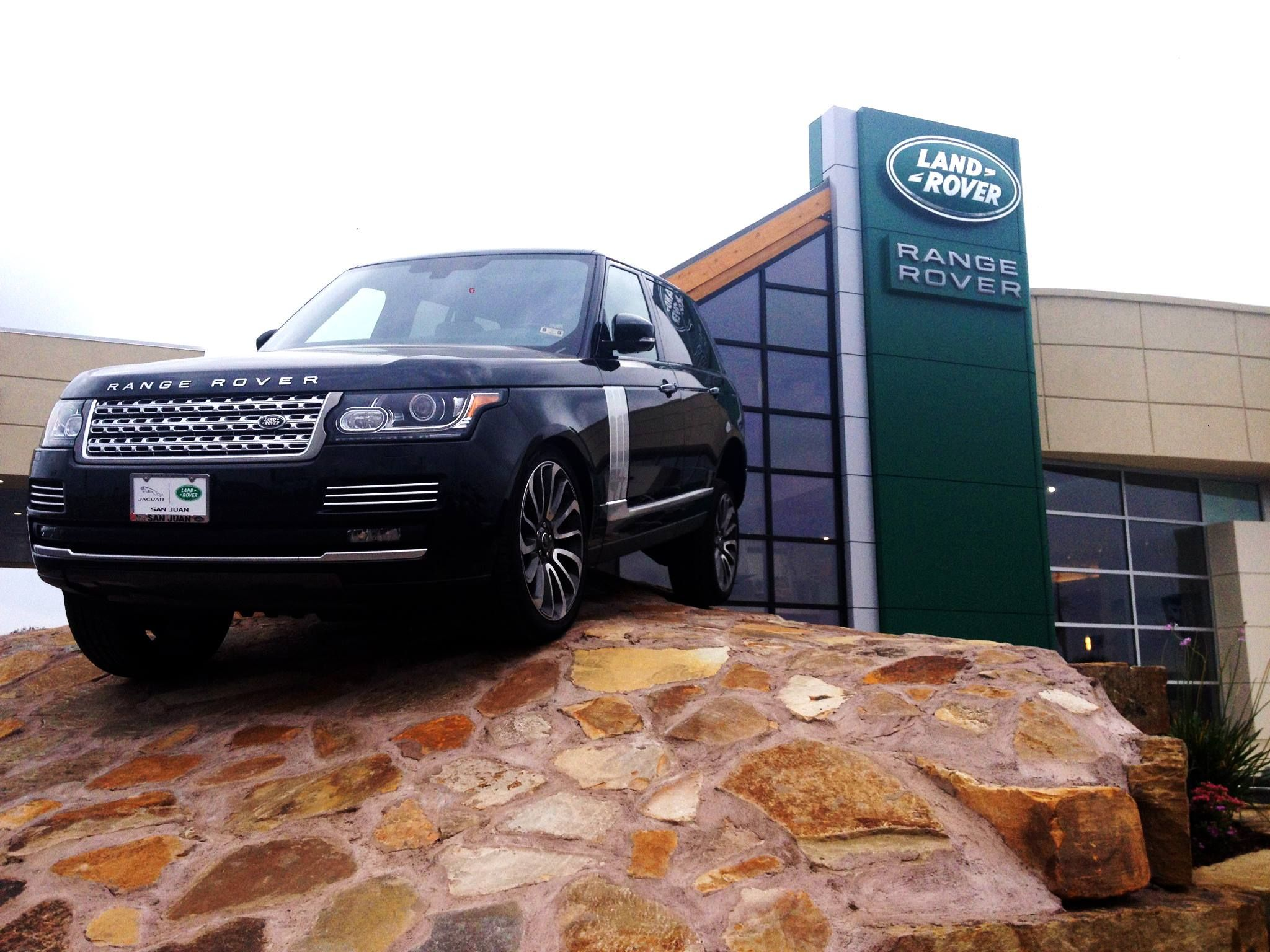 Ask about ordering a New Range Rover at landrover sanjuan texas