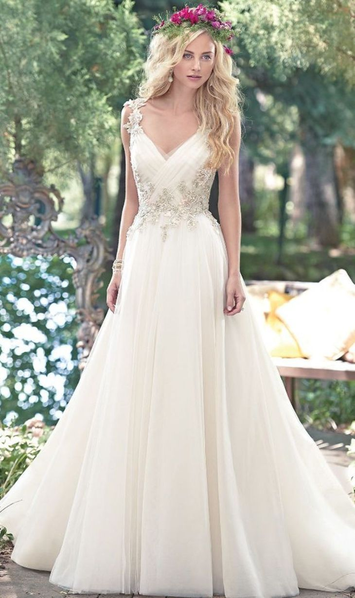 Simple but Elegant Vintage White Wedding Dress Ideas  White