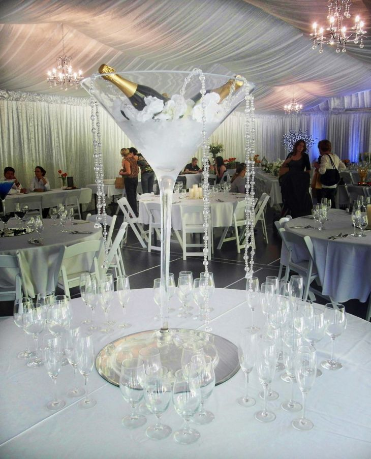 Wedding table centrepiece ideas Large cocktail glass with iced