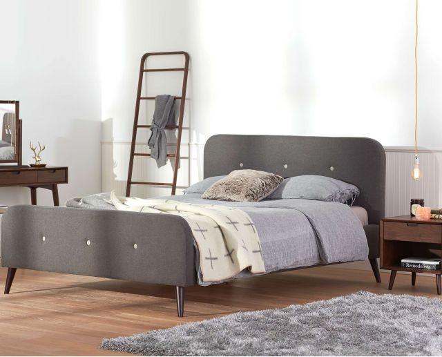 Virklund Bed Frondosa Blanket Rack Juneau Vanity Table